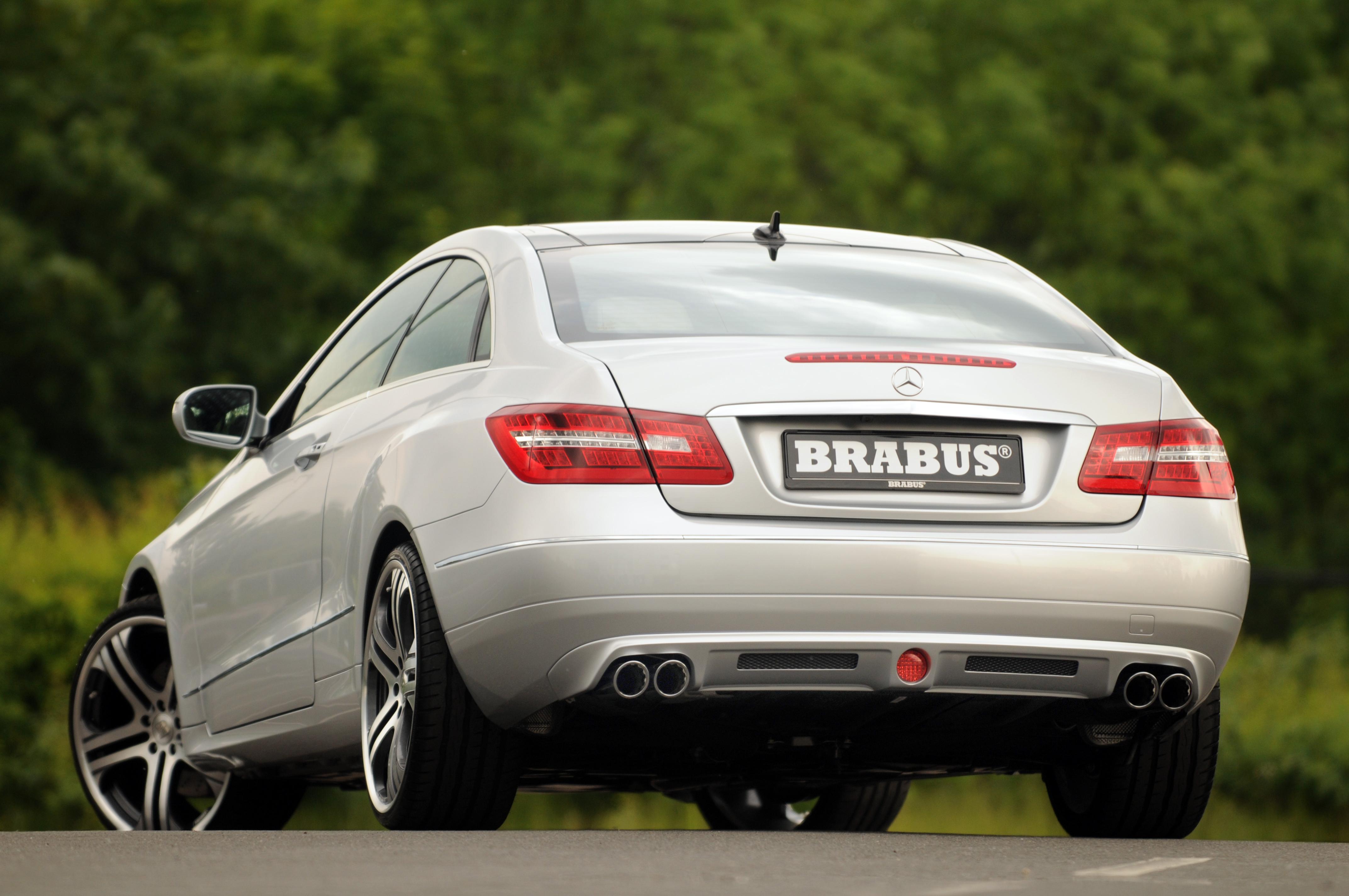 Mercedes-b09aa273.jpg