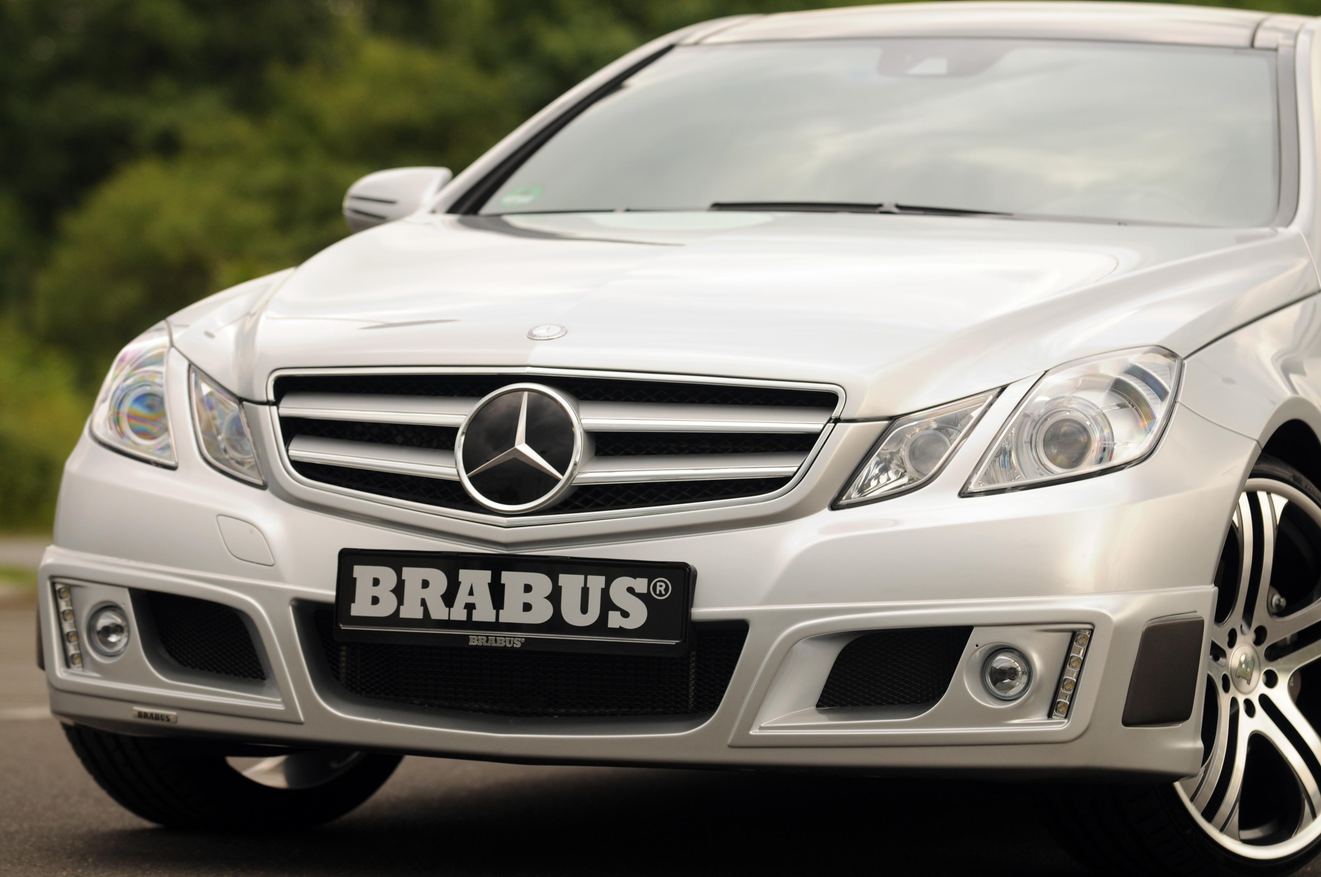 Mercedes-b09aa277.jpg
