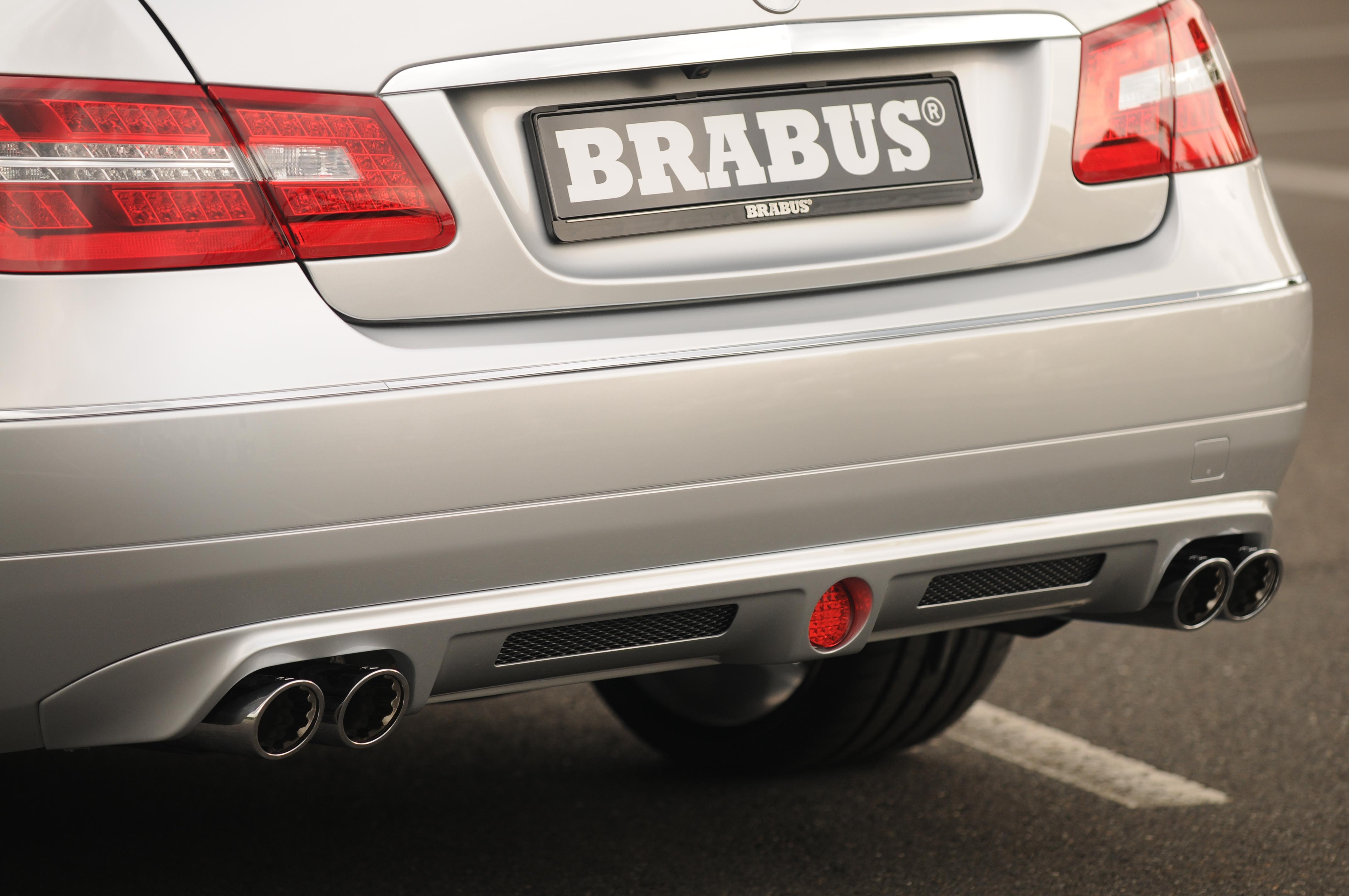 Mercedes-b09aa279.jpg