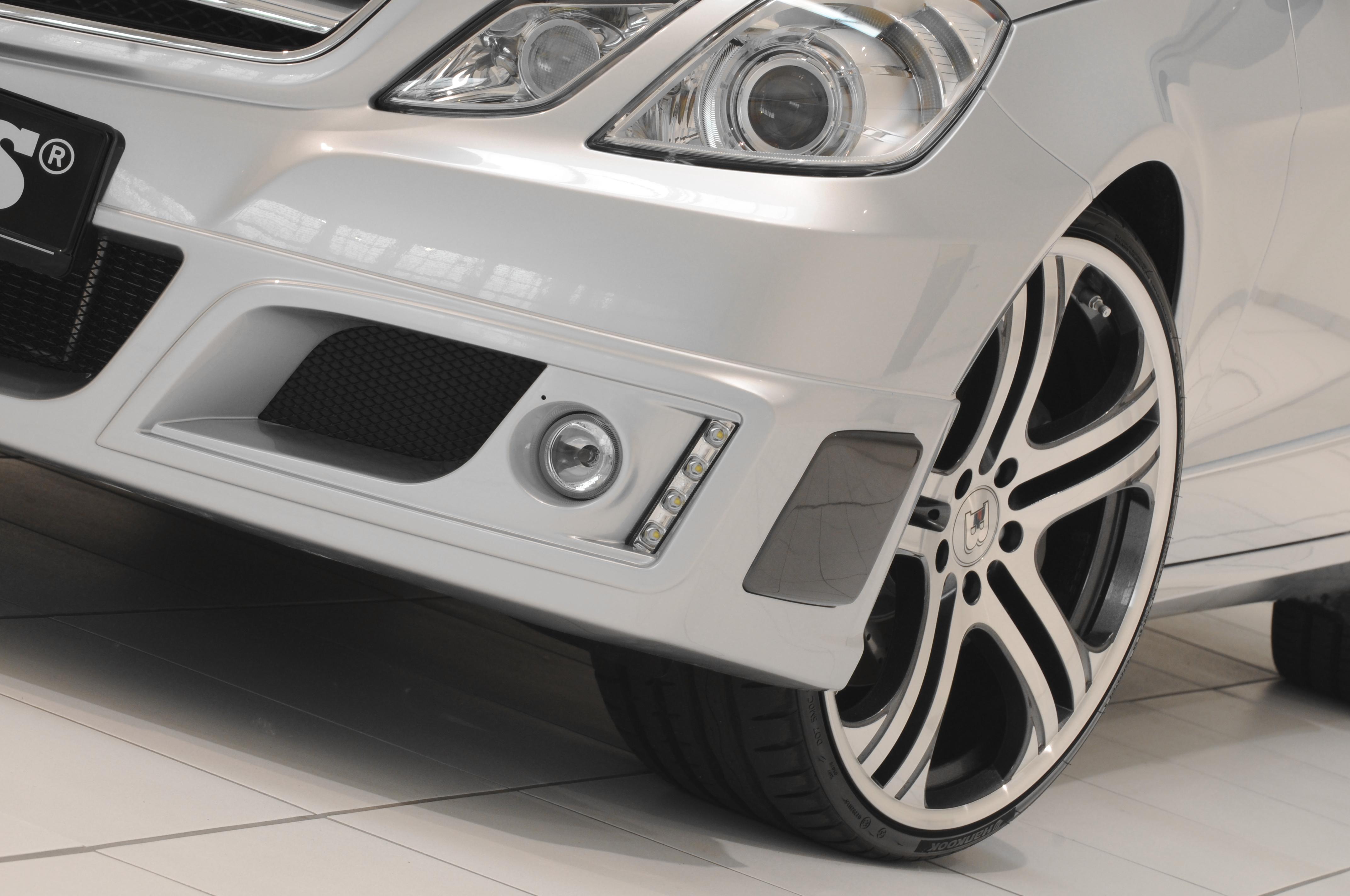 Mercedes-b09aa291.jpg