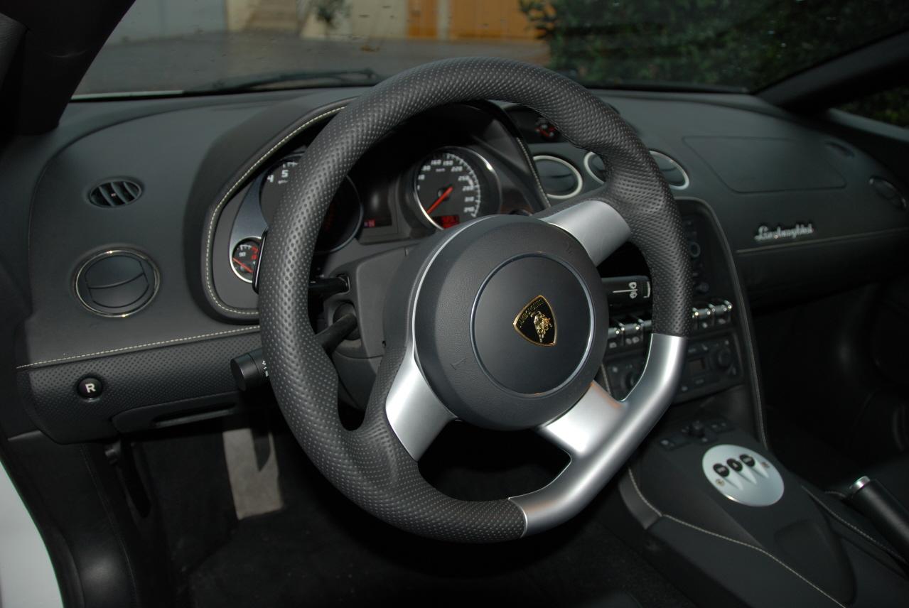 lamborghini-Lamborghini16.JPG