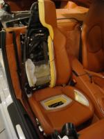 Fast Visit to Porsche-PorscheVistopordentro1.JPG